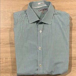 Express Fitted Button-down